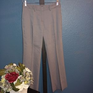 Theory Gray Linen Pants.  00.     X06